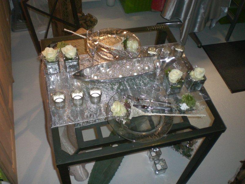 wohndekorationen myosotis floristik. Black Bedroom Furniture Sets. Home Design Ideas